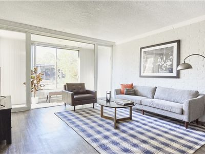 Photo for Chic 2BR in The Galleria by Sonder