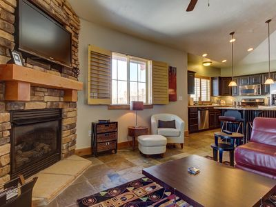 Photo for Luxury condo w/ private balcony, shared seasonal pool/hot tubs, close to skiing!