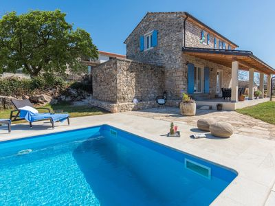 Photo for Beautiful stone house with large garden (600 m2) and private pool