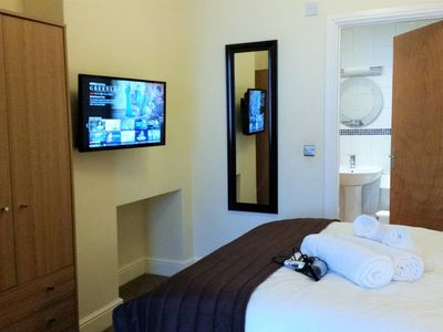 Photo for Bright, Cosy 1 bed in Old Town+Fast Wifi+Parking