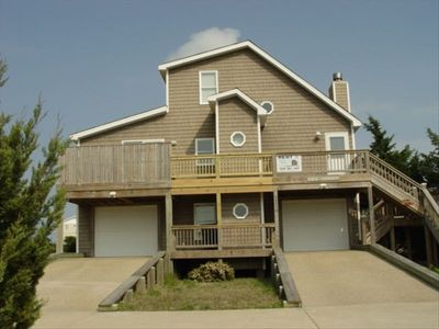 Photo for 4-Bed House, Elevator, Hot Tub, 100yds to beach, table tennis, PS3, XBox360, Wii