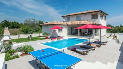 Photo for Beautiful villa with pool in natural setting