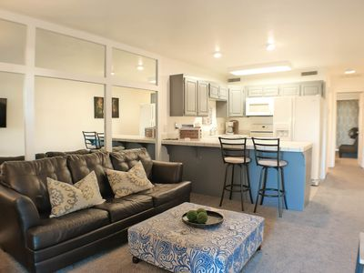 Photo for Renovated modern 1 bdr/1bth resort condo,sleeps 6 includes passes to Grn Vly Spa