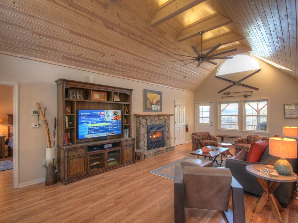 2br cabin on app ski mtn with big views hot tub fire pit for App ski mountain cabin rentals