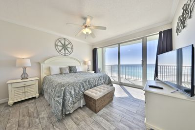 Gulf front master bedroom!