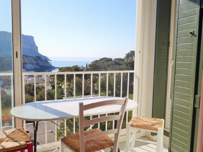Photo for CASSIS CALANQUES 90m2 views and exceptional situation, sea 5 minutes walk, parking