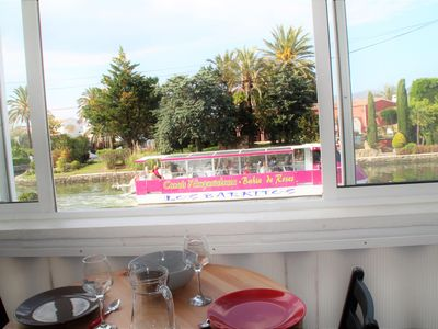 Photo for Apartment overlooking the main channel for 4 people in Empuriabrava