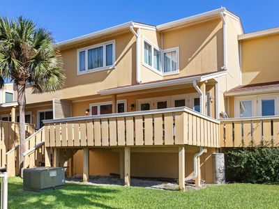 Photo for Incredible Vacation Rental, Minutes From Pensacola Beach, 2 Pools