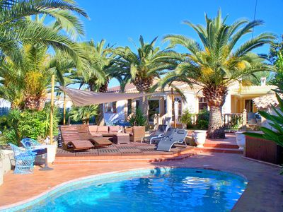 Photo for Comfort villa with private pool, jacuzzi, air conditioning and sauna for 6 people