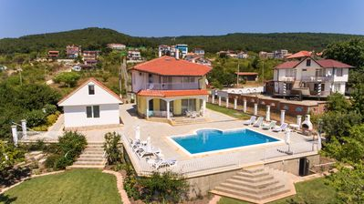Photo for Family Villa With Large Private Pool And Outstanding Sea Views
