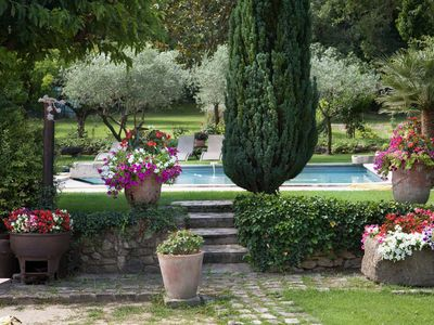 """Photo for """"Lou Pin"""" farmhouse for 13 persons close to Lourmarin center"""