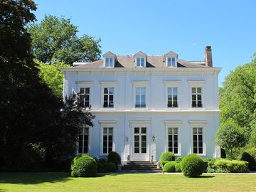18th century castle for rent in Lille north