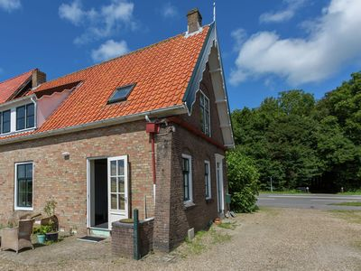 Photo for Zeeland authentic farmhouse on the outskirts of the pretty village Oostkapelle