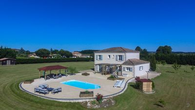 Photo for 5BR House Vacation Rental in Villeneuve-de-Duras, Nouvelle-Aquitaine