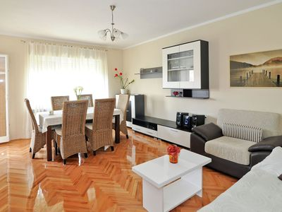 Photo for Spacious apartment in a quiet area, 3 bedrooms with balcony, nice garden, BBQ