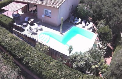 Photo for Charming villa with private heated pool