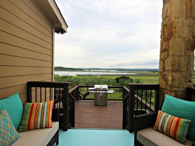 Photo for Inndeerment Lake Escape- Canyon Lake Waterfront, Sleeps 9!