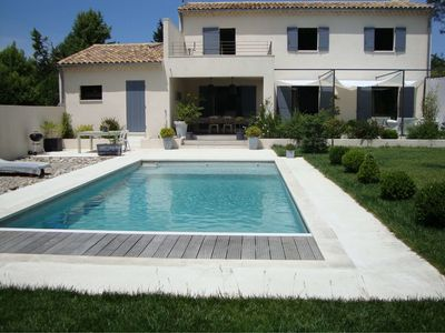 Photo for VILLA 160M ² WITH SWIMMING POOL 5mn by car D'AVIGNON FESTIVAL