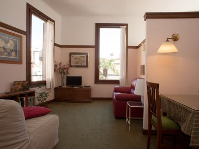 Photo for Bright studio on the 2nd floor in a central area 5 minutes from Piazza S. Marco