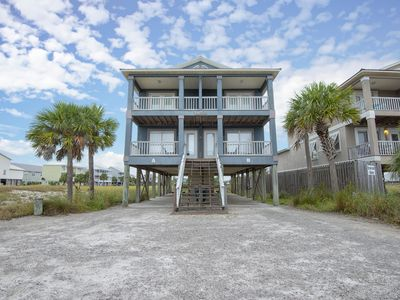 Photo for Come to the beach & stay in a pet friendly duplex. Your dog will wag his tail!