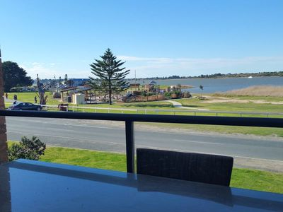 Photo for Lakefront Goolwa, 3 bedroom