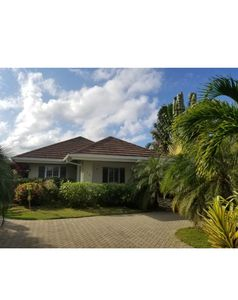 Photo for 3BR Villa Vacation Rental in Laughlands, ST ANN