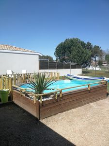 Photo for Pleasant single storey house in Gironde.