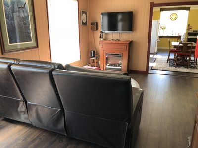 Photo for 4BR/2 BA Home* 5 Star, Close to it all *MAY SALE*