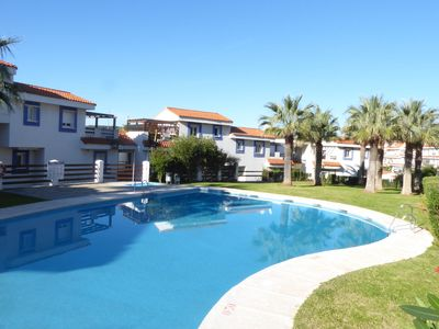 Photo for Charming holiday home nearby Estepona with sea views and golf opportunities