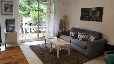 Photo for Quiet apartment in Cavalaire sur Mer - 2 room apartment 4 people