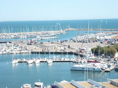 Photo for Large P2 in luxury residence, panoramic view of the Port and the Sea