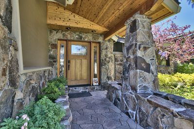 Beautiful and cozy entrance welcomes you!