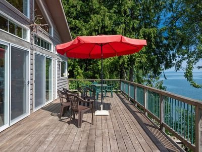 Photo for Affordable Bottle Bay Waterfront Home with Dock