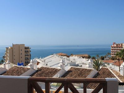 Photo for LIVE BENALMÁDENA Apartment La Paloma, 150 meters from the beach, sea views