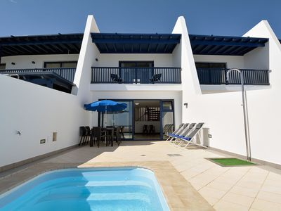 Photo for Comfortable, attached holiday home with private pool and near the sea