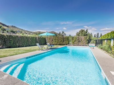 Photo for Lake Chelan Vacation Rental with private pool and hot tub, sleeps up to 14