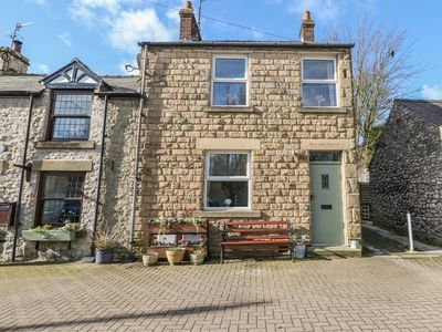 Photo for MILFORD HOUSE, family friendly in Tideswell, Ref 949679