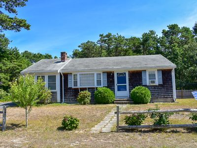 Photo for Ranch home with screened sunporch just 7/10 miles to Dennisport beaches.