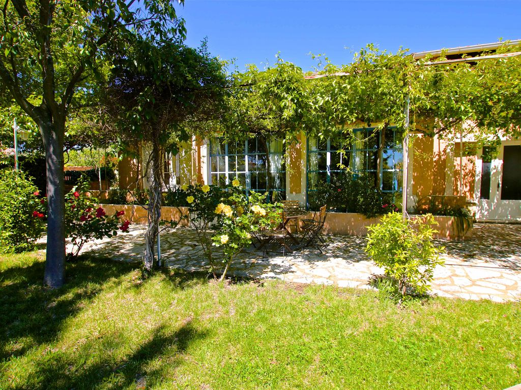 the olive garden a stunning location close to village with pool caromb vaucluse luberon