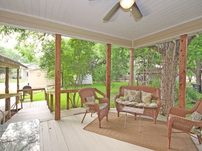 Photo for Grace Haus- Charming Historic Home Blocks from Schlitterbahn!