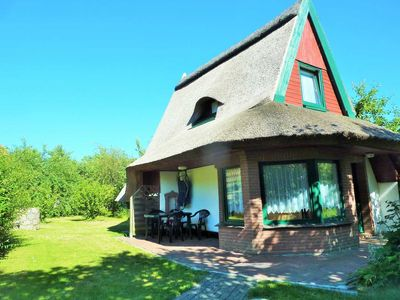 Photo for 3-room thatched cottage (40m ², max 4 pers.) - H12 thatched roof cottage Russow near Baltic resort Rerik