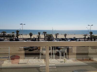 Photo for T3 seafront terrace 4 people near downtown private parking