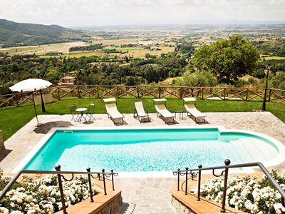 Photo for CHARMING COTTAGE near Cortona with Pool & Wifi. **Up to $-529 USD off - limited time** We respond 24/7