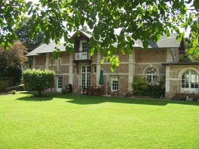 Photo for Large, Fully Equipped Farmhouse with downstairs bedroom and bathroom,