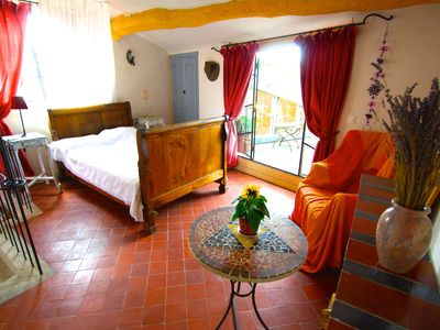 Photo for Boutique 17th Century Provençal Gite With Roof Terrace - 3 Bedrooms Sleeps 7