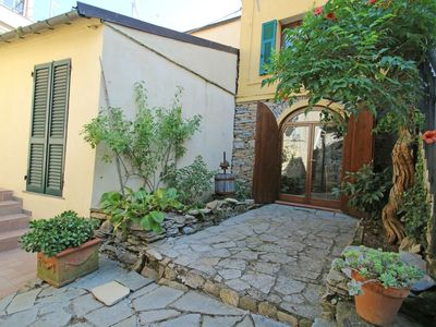 Photo for 1BR Apartment Vacation Rental in Lecchiore, Liguria