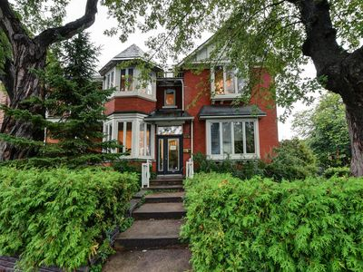 Photo for Prestigious & luxurious home in Montreal, sleeps 14, with huge terrasse