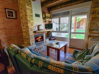 Photo for Rural apartment La Huertina de Mateo for 8 people