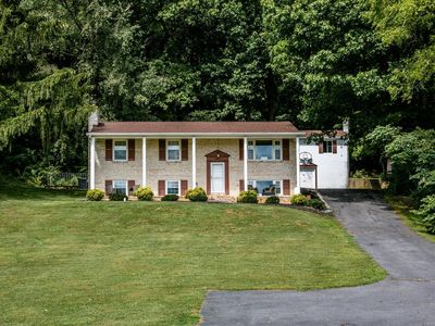 Photo for NEW!!!!! 5 BR, 3 BA, 3600 SF Home! 7 minutes to Massanutten! Fall Foliage Views!