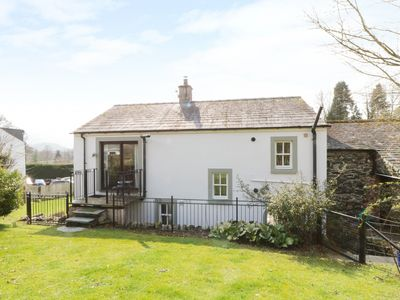 Photo for APPLETREE  COTTAGE, pet friendly, with hot tub in Keswick, Ref 972680